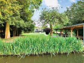 river thames grand design
